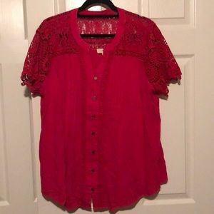 Red shot sleeves blouse